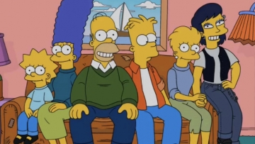 yeardley-smith-on-board-queer-lisa-simpson-lgbtq-sexuality-the-simpsons-v2.jpg