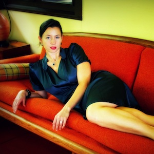 'Leading Ladies' Erika Randall Beahm Comes Out Swinging