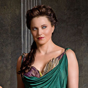 "Lucy Lawless Returns in 'Spartacus: Vengeance"" Tonight!"