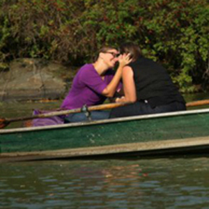 Adorable Lesbian Proposal On Central Park Rowboat