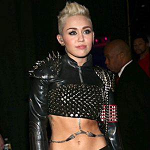 Miley Cyrus Dreams of Kissing Katy Perry