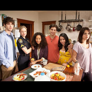 REVIEW: ABC Family's 'The Fosters' is Redefining Family