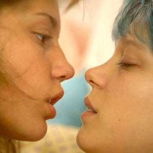 Stars of 'Blue Is The Warmest Color' Reflect On 'Embarrassing' Lesbian Sex Scenes