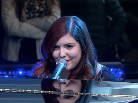WATCH: Mary Lambert Performs Lesbian Anthem 'She Keeps Me Warm' on GMA
