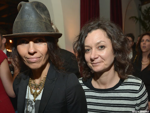 Sara Gilbert and Linda Perry Are Now a Married Couple!