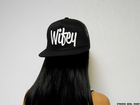 6f7545b4c87 6 Stylin  SnapBack Hats That ll Make You Want to Put A Ring On It