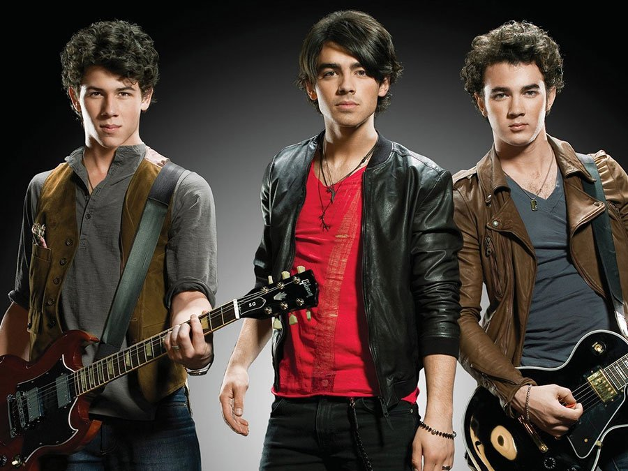 why the jonas brothers are the ultimate thirst traps
