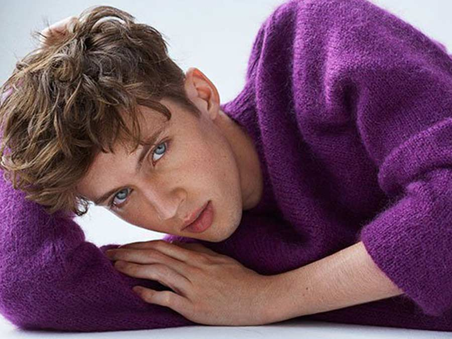 7 Things We Learned About Troye Sivan In His Out