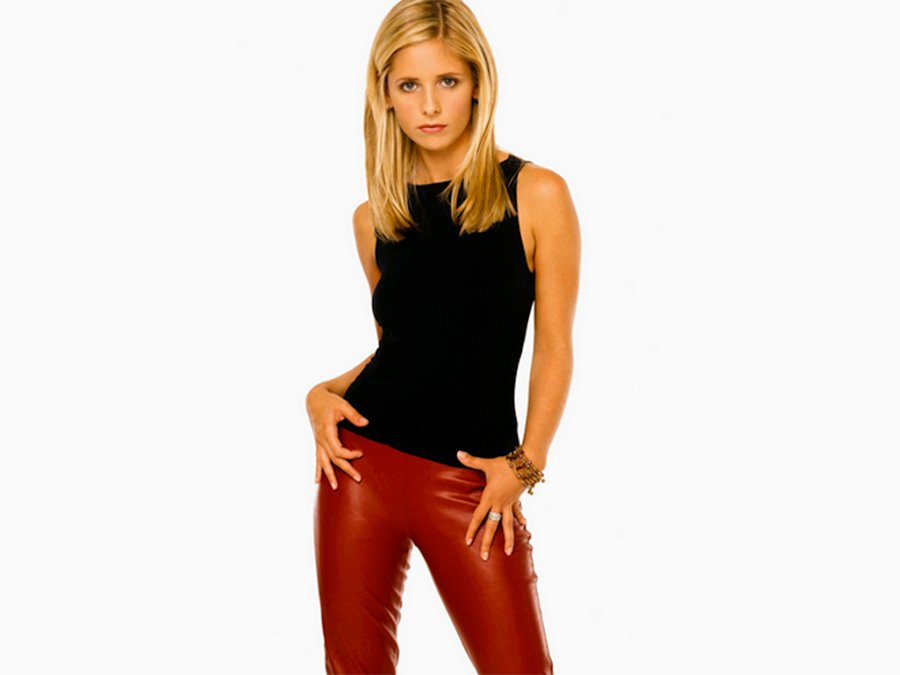 12 Buffy The Vampire Slayer Outfits That Completely Slay