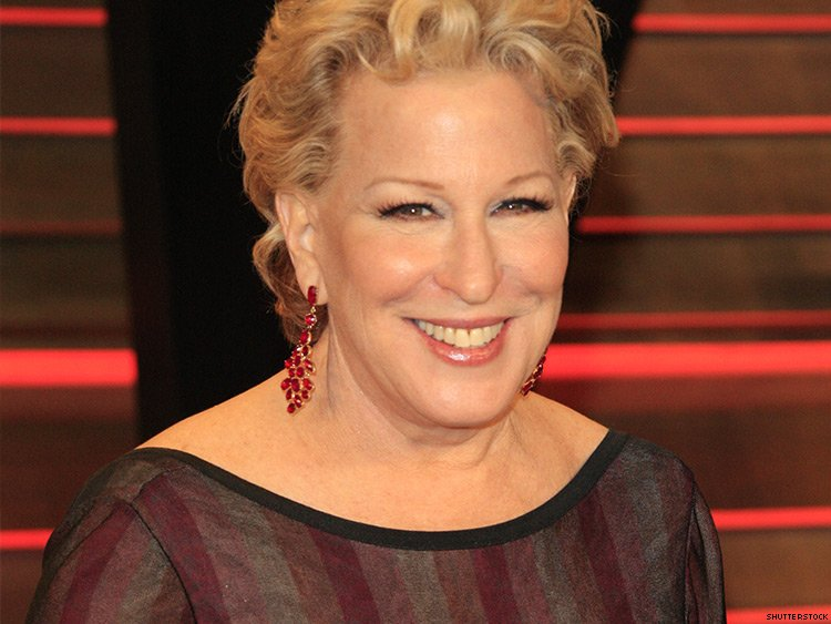 Bette Midler Nude Photos 32