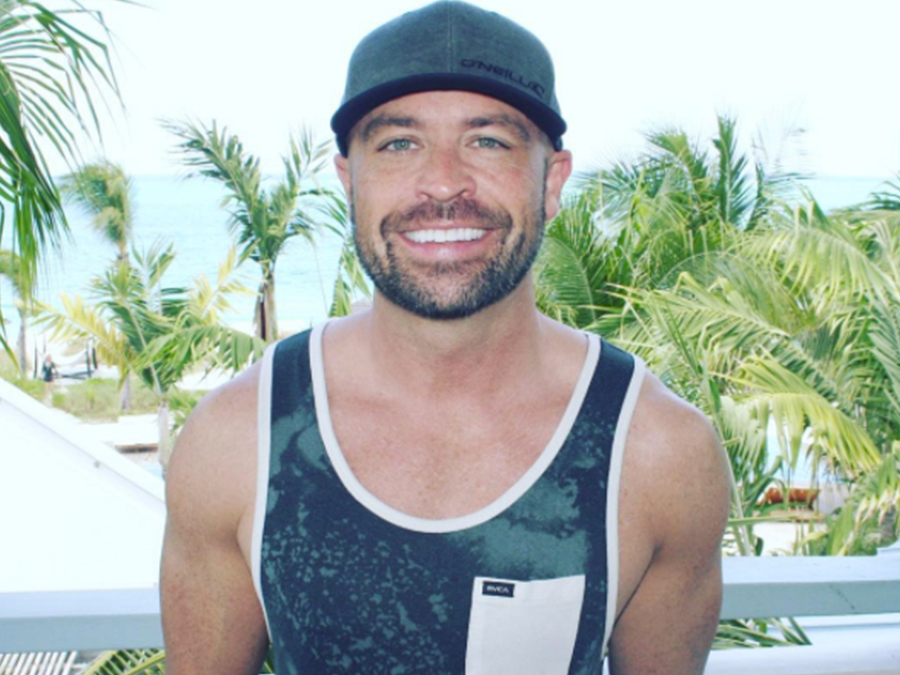 cmt-host-cody-alan-comes-out-gay