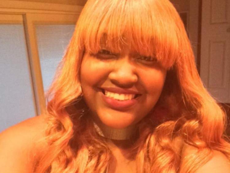 cupcakke-rapper-lgbt-fan-homeless-caring