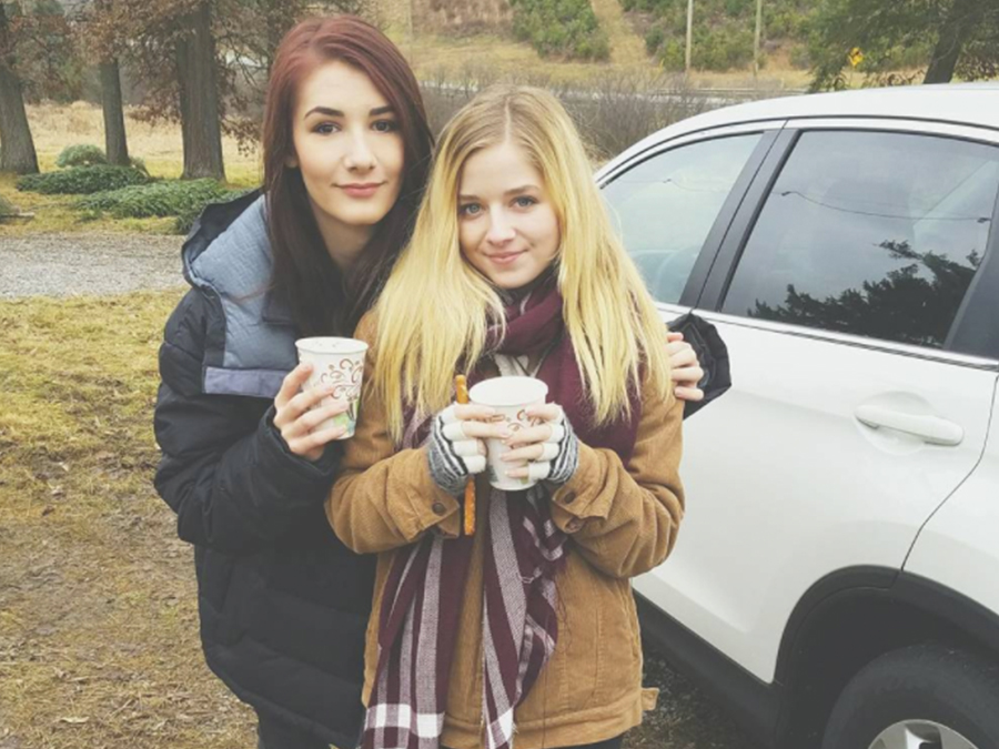 jackie-evancho-trans-sister