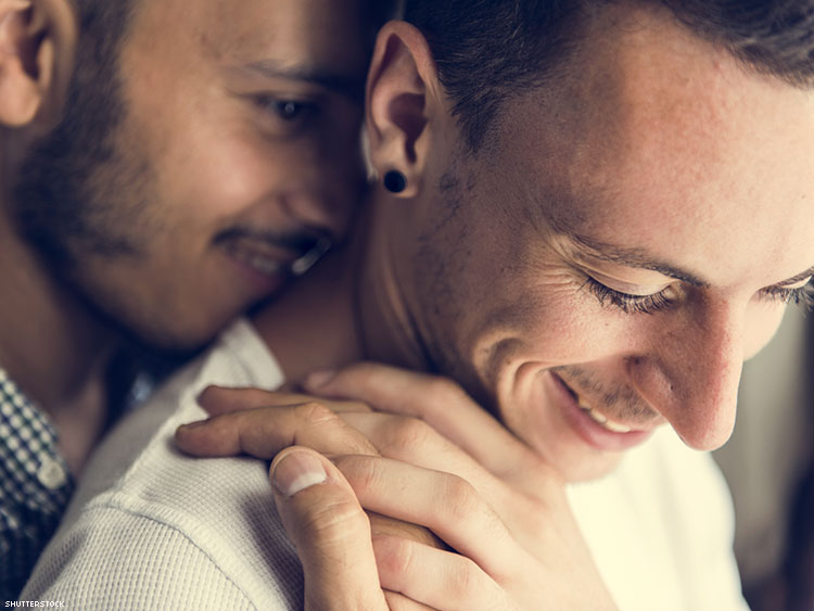 6 Telltale Signs He's Into You