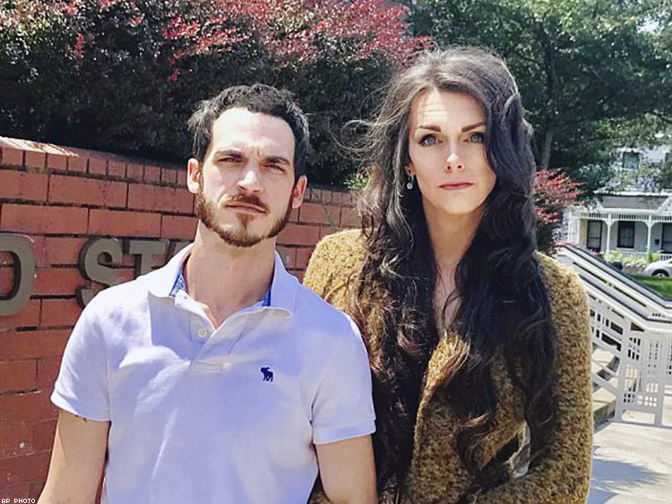 Transwoman and Her Husband are Suing Amazon