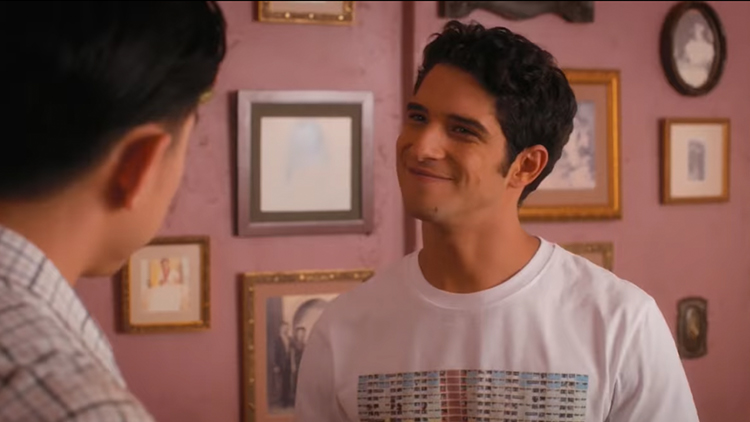 tyler-posey-jane-the-virgin.jpg