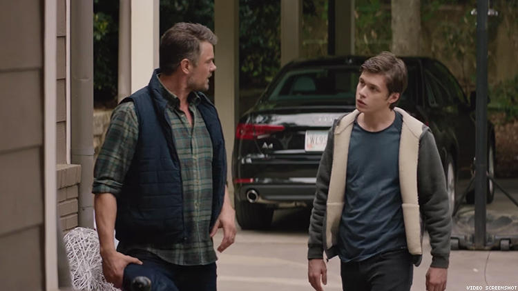 Watch Dad Make His Gay Son A Grindr-related Offer In Love, Simon Clip