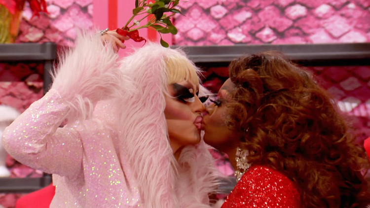 Rupauls Christmas Special.Watch Clips From Tonight S Drag Race Holi Slay Spectacular