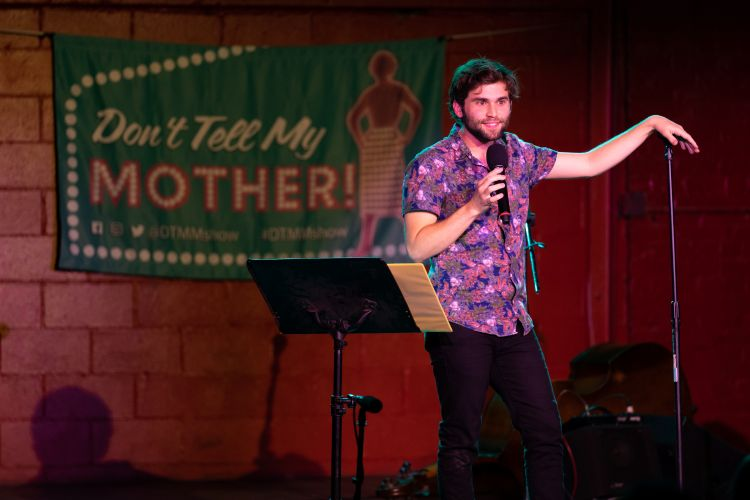 jake-borelli-dont-tell-my-mother