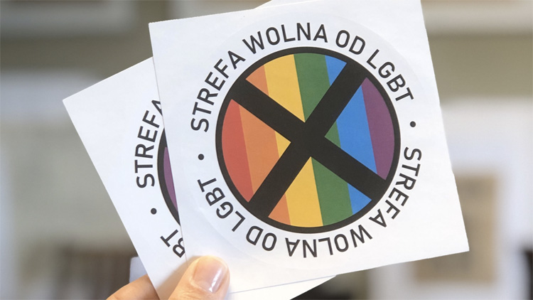 Anti-Gay Polish Magazine to Circulate 'LGBT-Free Zone' Stickers