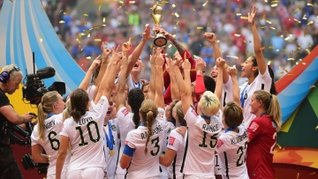 6 Glorious, Uplifting, and Tearjerking Moments in Women's Sports in 2015