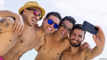How to Put Yourself Out There: A Queer Guide to Making Friends
