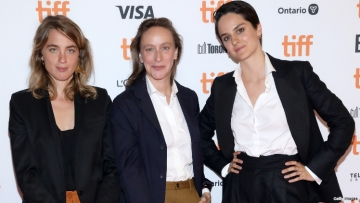 portrait-of-a-lady-on-fire-interview-adèle-haenel-céline-sciamma-noémie-merlant