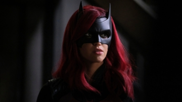 batwoman-season-2-replace-katye-kane-character-ruby-rose-departure.jpg