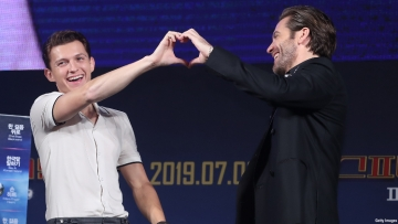 jake-gyllenhaal-tom-holland-ace-comic-con-chicago-2019-getting-married.jpg