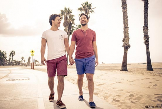 10  Gay Summer Date Ideas that Won't have you Melting