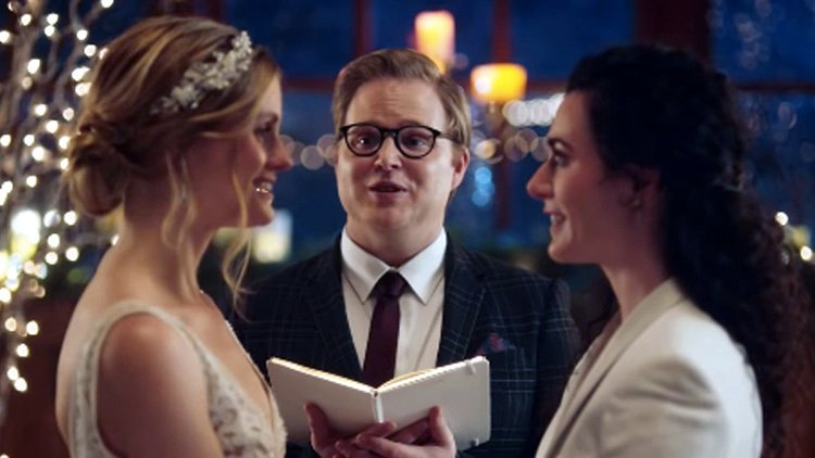 Hallmark Channel pulls ad showing lesbian wedding